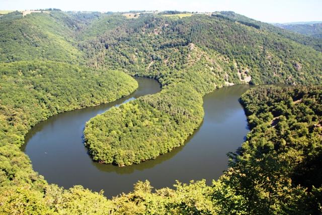 ________________ Le méandre de Queuille (vallée de la Sioule)